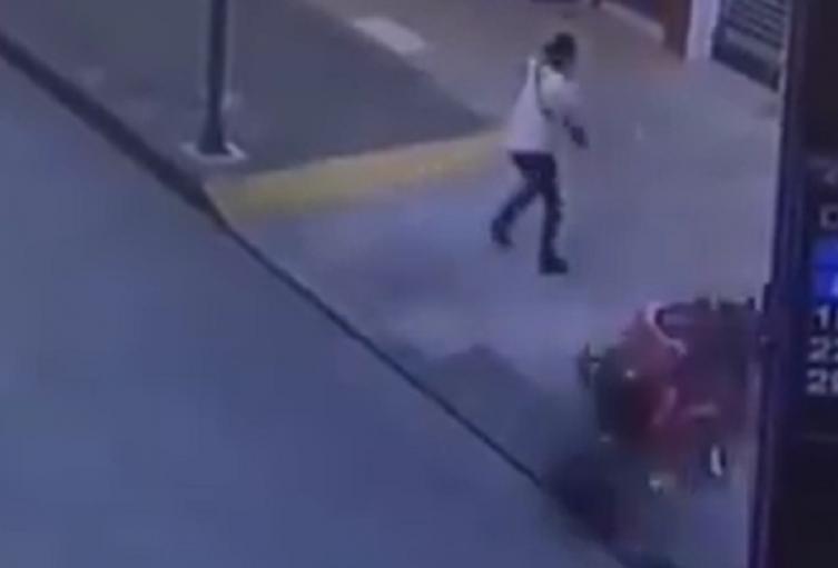 Motociclista se estrella en Pereira