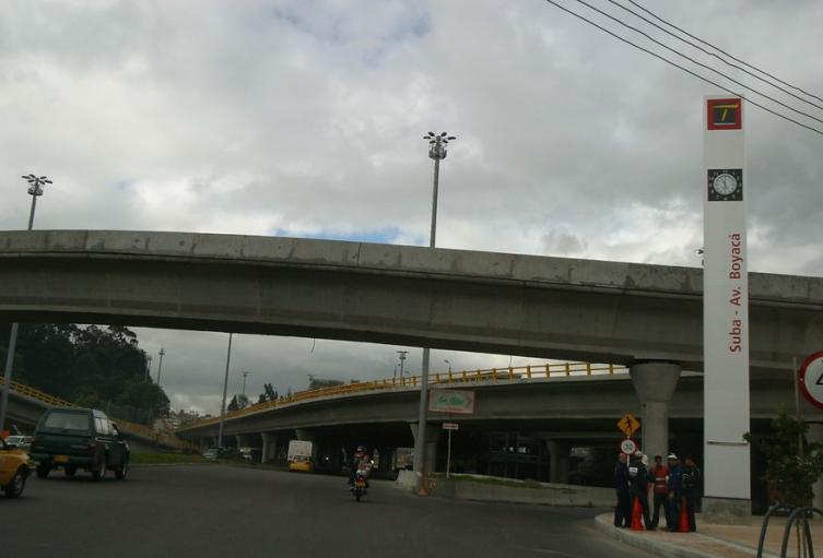 Puente de Avenida Suba, en Bogotá