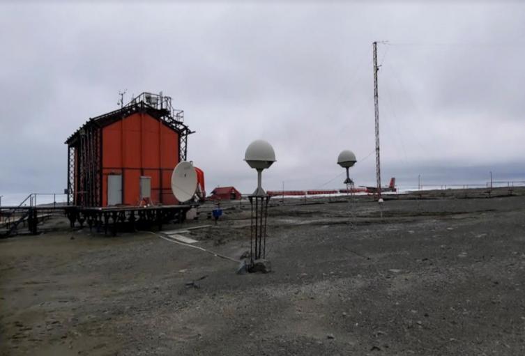 U. Nacional instaló estación en Antártida para prevenir desastres naturales