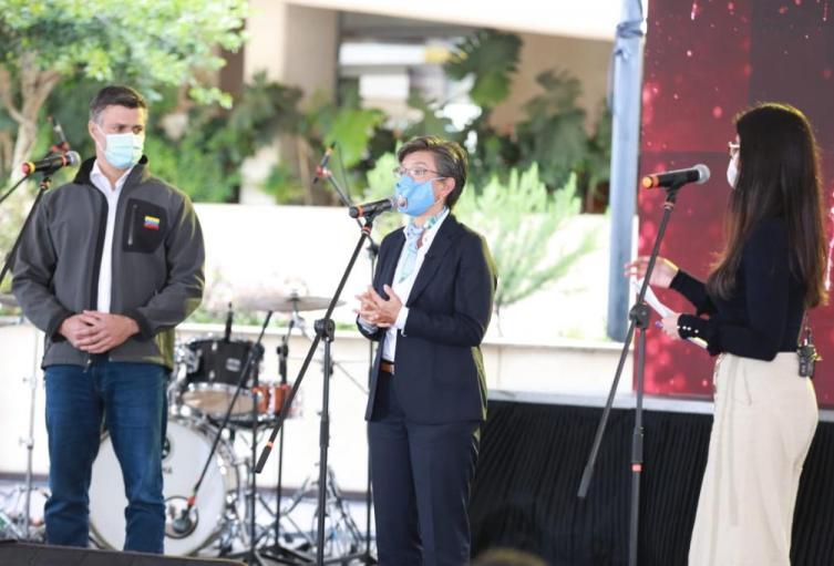 La alcaldesa Claudia López recibió a Leopoldo López