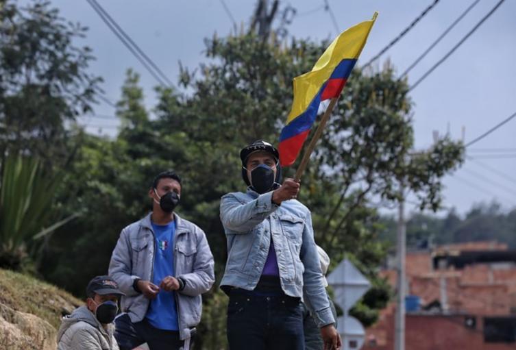 Familias en Ciudad Bolívar protestan y piden ayudas porque están en la olla
