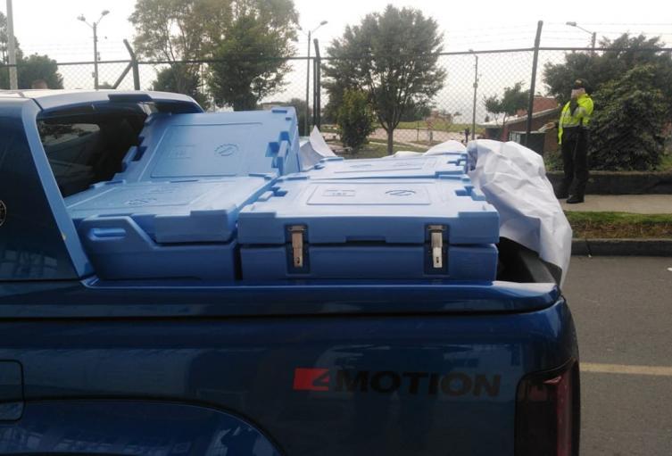 Vehículo para transporte de vacunas robado en Bogotá