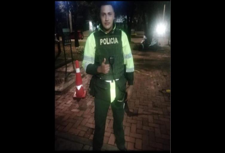 Patrullero Edwin Caro, asesinado por venezolanos en Bogotá