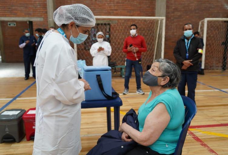 Vacunación Bogotá.