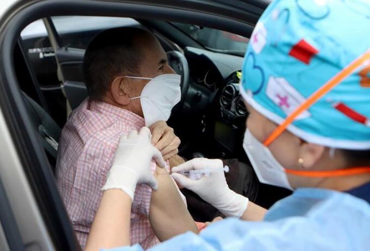 Vacunas en carros