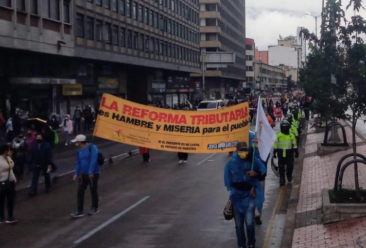 Marchas contra la reforma tributaria en Bogotá