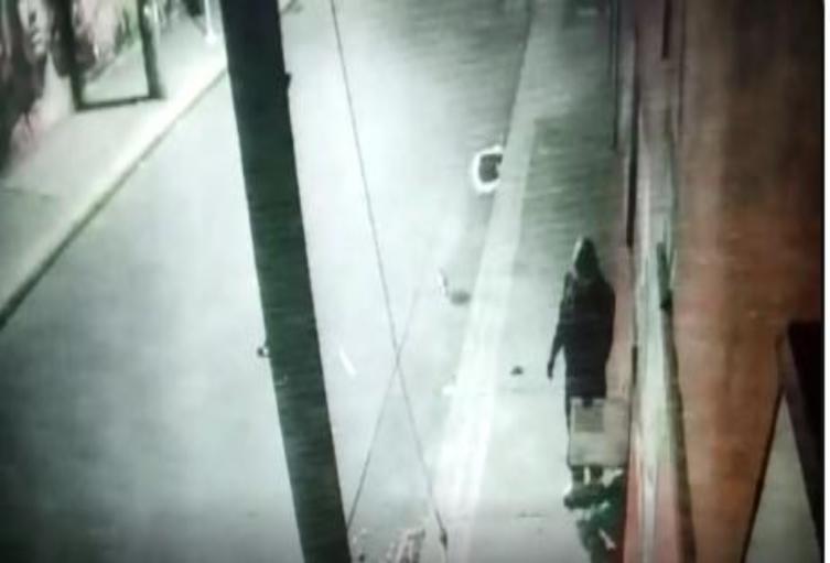 Ladrones asaltan por quinta vez un negocio en Bogotá