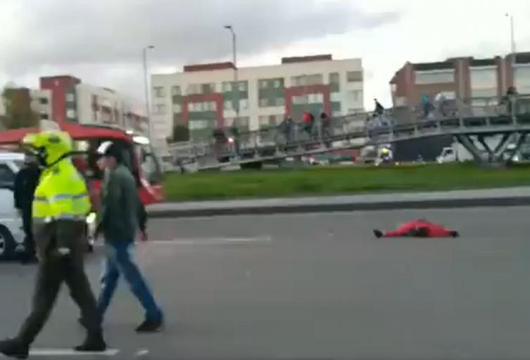 Muere ciclista arrollado