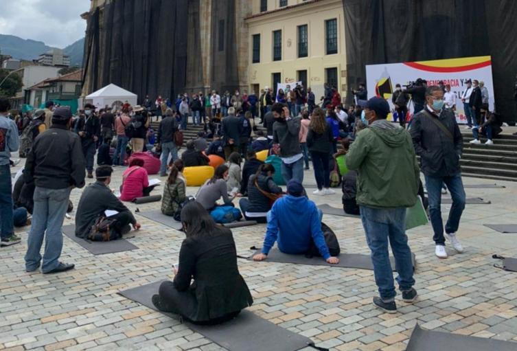 Concejales sesionan en la Plaza de Bolívar
