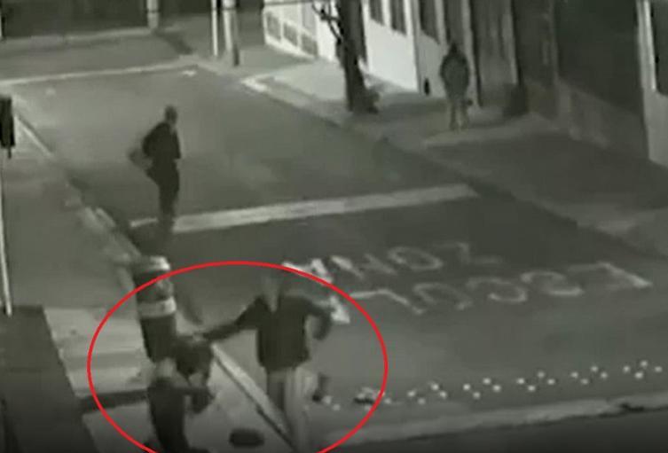 Hombre le propinó golpiza a un habitante de calle en Bogotá