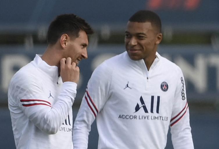 Messi y Mbappé