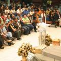 Iglesia evangélica Suramericana en culto