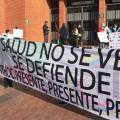 Personal de la salud protesta frente a la Secretaria de la Salud