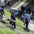 Desmantelamiento de cambuches en el Canal Comuneros de Bogotá