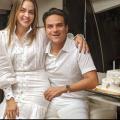 Silvestre Dangond junto a su esposa