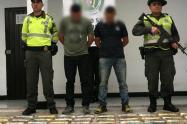 Dos militares fueron capturados con 100 kilos de coca