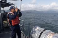 La Armada avistó otros 5 cuerpos sin vida en el Golfo de Urabá, donde naufragó una lancha con 32 migrantes africanos