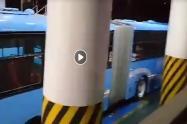 Buses usados en patios del terminal de Usme