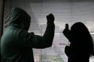Un hombre agredió a su compañera sentimental