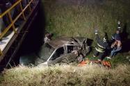 Carro cayó al caño de la Avenida Boyacá con 72 sur