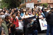 En la Embajada de Ecuador,  en Bogotá,  no había funcionarios