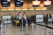 Controles por coronavirus en el aeropuerto El Dorado