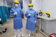 Médicos en Colombia que atienden a pacientes con coronavirus