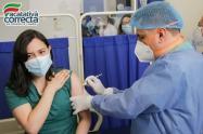 Alcalde de Facatativá aplica primera vacuna