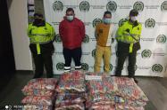 Chofer y ayudante fueron sorprendidos robando mercancía