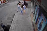 Mujer es atracada delante de sus dos hijos en Tolima