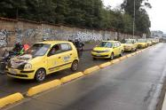 Taxistas: plan tortuga en Bogotá