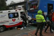 Choque entre ambulancia y Sitp