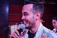 Hurto al cantante Alexis Escobar