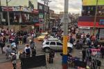 Vendedores salen a lucharse lo de la comida en San Victorino
