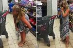 Mujer usa la tanga como tapabocas