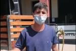 Fabián Andrés Beltrán, campesino que tuvo que regalar su cosecha de piñas