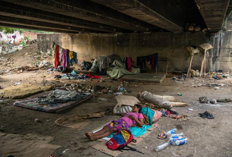 Piden alimento y atención en salud, temen contagiarse en la calle de covid 19