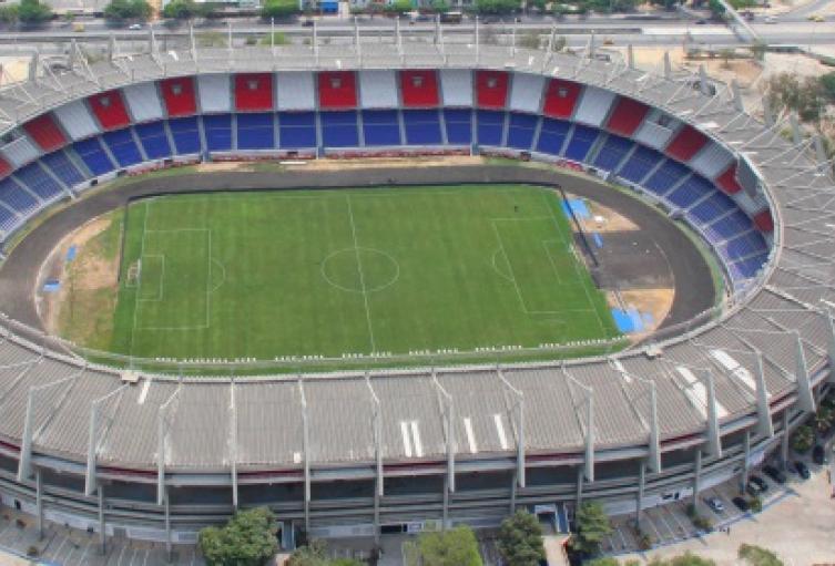 Barranquilleros en desacuerdo con público en tribunas en juego de eliminatorias