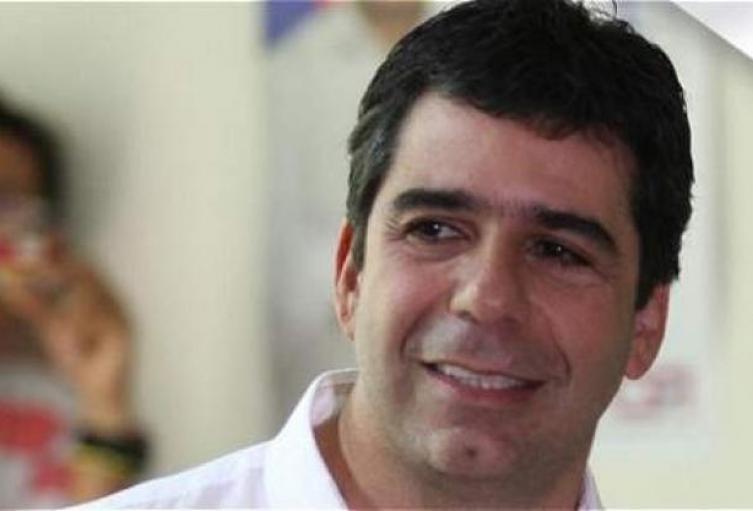 Alcalde de Barranquilla, Alejandro Char, rechaza decisión de la corte sobre dosis mínima