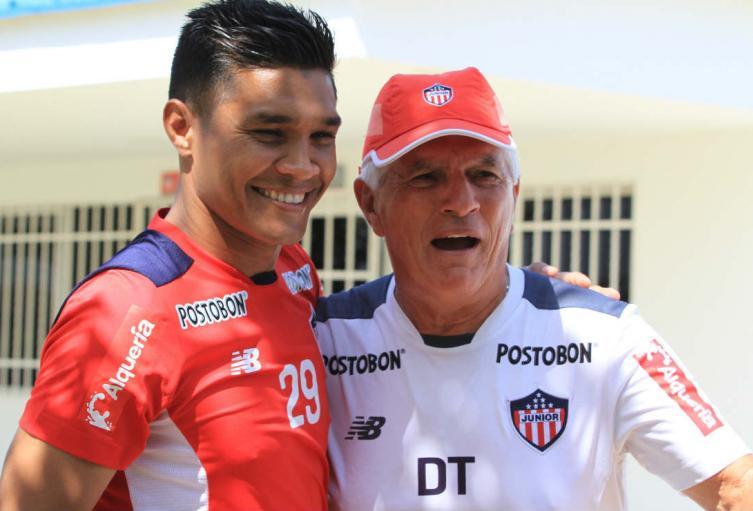Teófilo Gutiérrez y Julio Comesaña