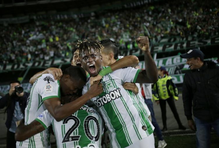 Atlético Nacional celebrando ante La Equidad