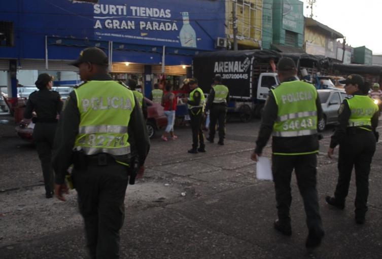 La Policia Captura a 10 personas