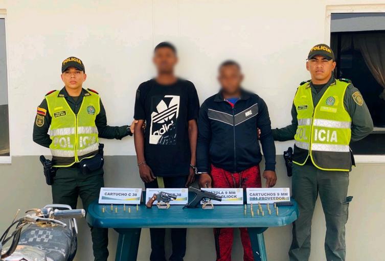 Dos hombres fueron pillados por porte ilegal