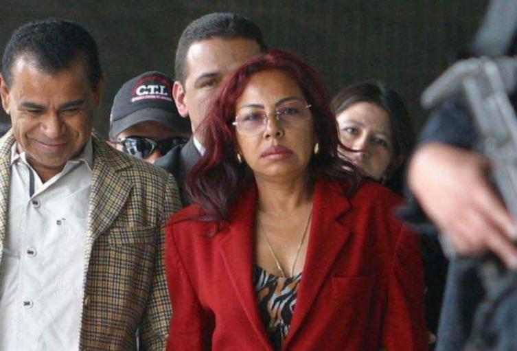 El abogado de la Gata dijo que ella no tenía nexos con Salvatore Mancuso.