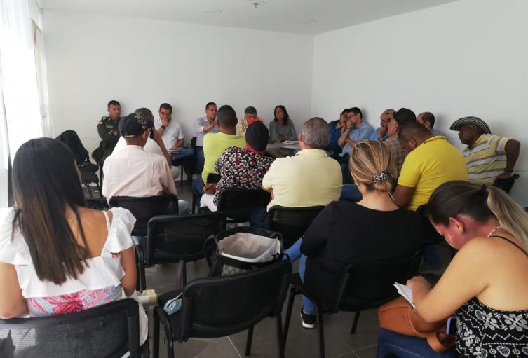 Habitantes de Nelson Mandela escuchan propuestas de solución