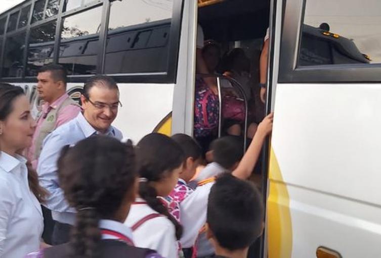 Transporte Escolar en la Frontera