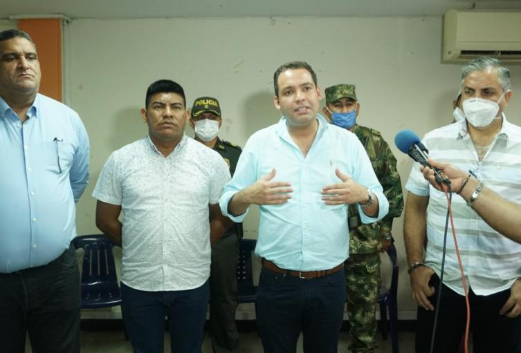 El gobernador y los alcalde al termino del consejo de seguridad