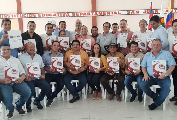 23 alcaldes se dieron cita en El Retén para conseguir legalizar predios del municipio