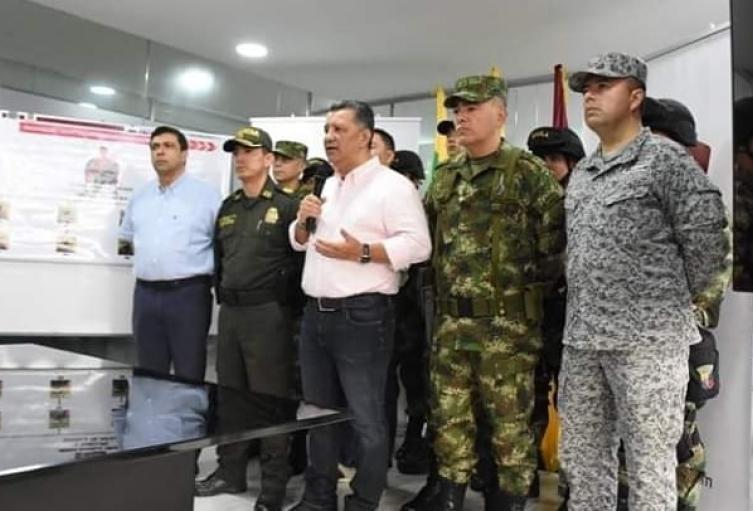 Orozco advirtió a los grupos armados que se pueden esconder detrás de las piedras y debajo de la tierra la fuerza pública los va a perseguir