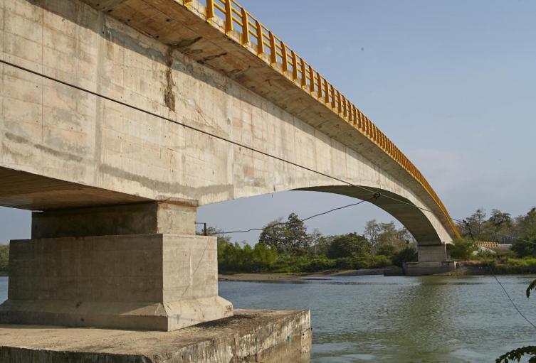 La construcción del puente duró 10 años.